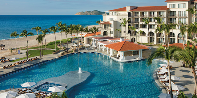 Save up to 40%, Instant Savings and More with Apple Vacations